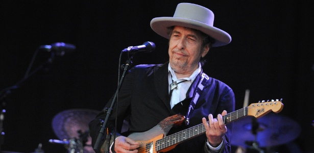 22.jul.2012 - Bob Dylan em show na França - Fred Tanneau/AFP