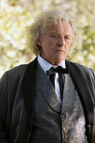 """Ator Rutger Hauer como Niall Brigant em cena da série """"True Blood"""""""