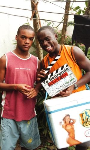 """Laranjinha (Darlan Cunha) e Acerola (Douglas Silva) eram os protagonistas de """"Cidade dos Homens"""", série que ficou no ar na Globo durante 2002 e 2005"""