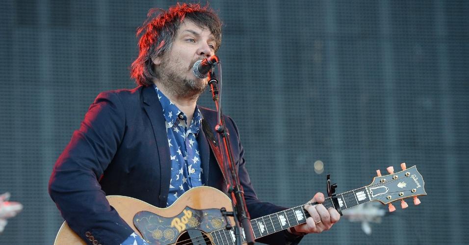 14.jun.2013 - A banda Wilco se apresenta com o grupo no Bonnaroo Music & Arts Festival, no Tennessee