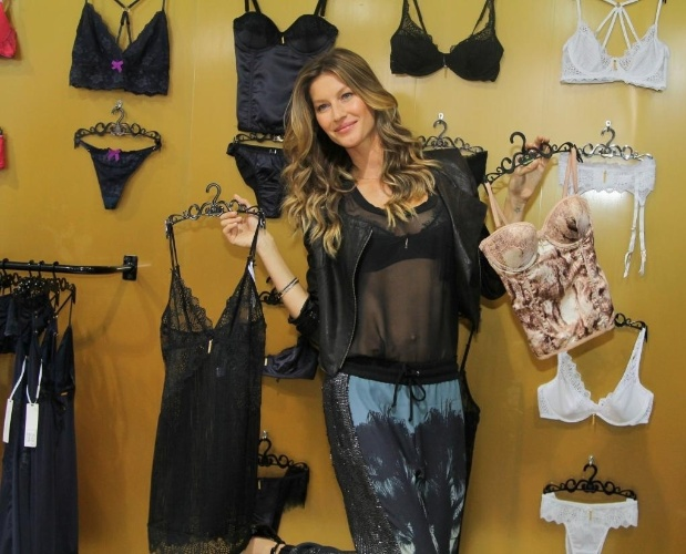 c5c2e9291 Gisele Bündchen lança marca de lingerie em São Paulo6 fotos