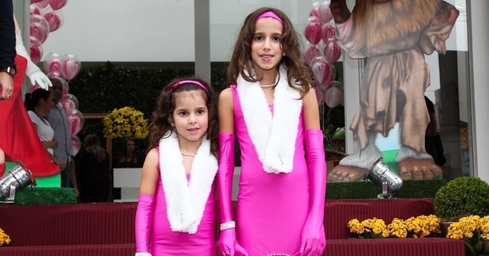 16.jun.2013 - As filhas de Rodrigo Faro, Maria e Clara, comemoram juntas seus aniversários em um buffet em Moema, São Paulo