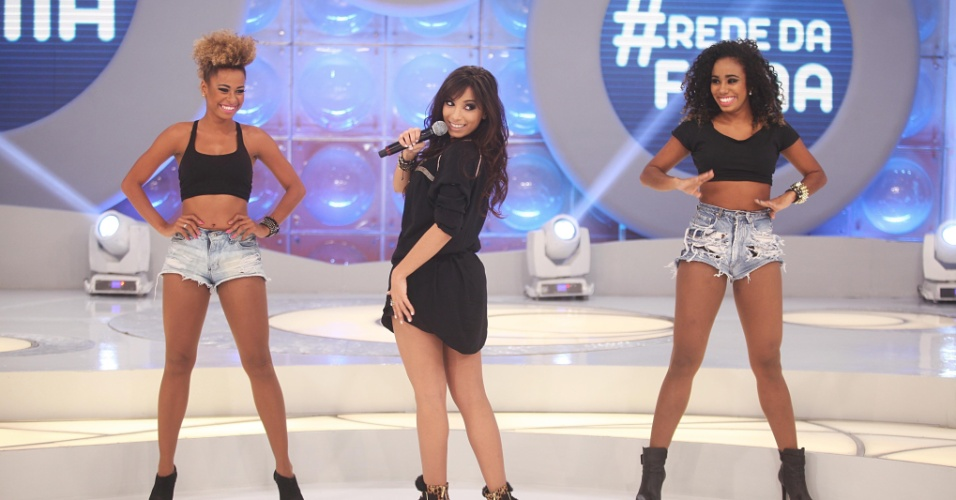 """11.jun.2013 - Funkeira Anitta participa do """"Programa da Eliana"""", que vai ao domingo, 23 de junho"""