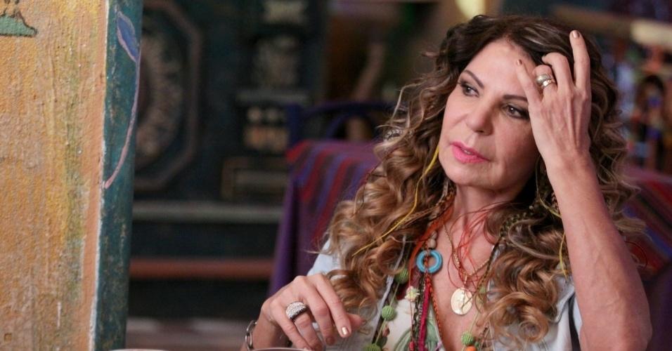 """18.jun.2013 - A cantora Elba Ramalho grava participação como ela mesma em """"Flor do Caribe"""""""