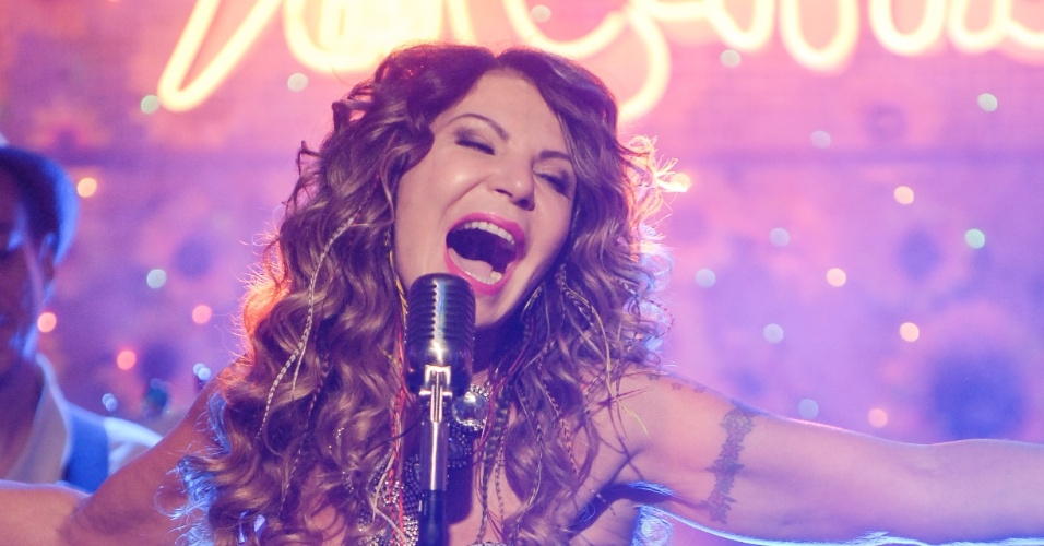 18.jun.2013 - Elba Ramalho faz show no bar Flor do Caribe