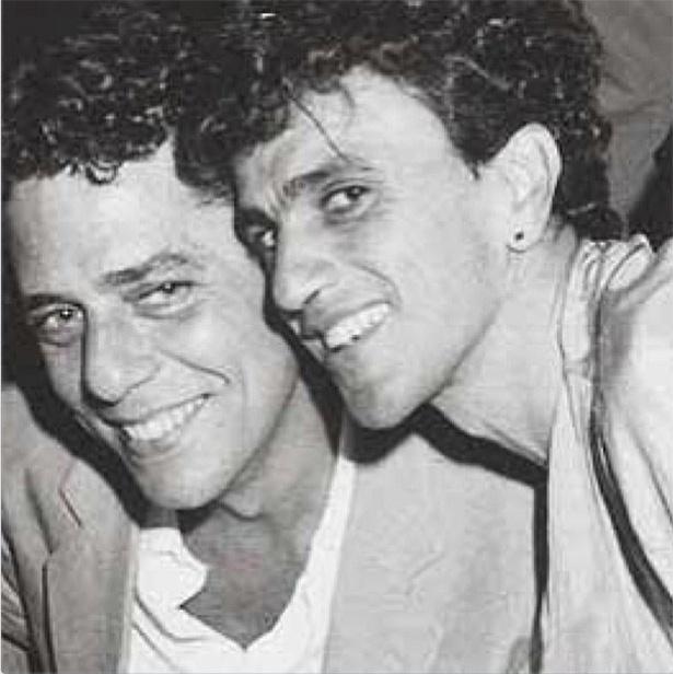 19.jun.2013 - Chico Buarque ganha homenagem de Caetano Veloso em comemoração aos seus 69 anos