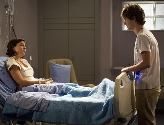 "Em ""Sangue Bom"", Vinny diz que vai dedicar sua vida a cuidar de Renata"