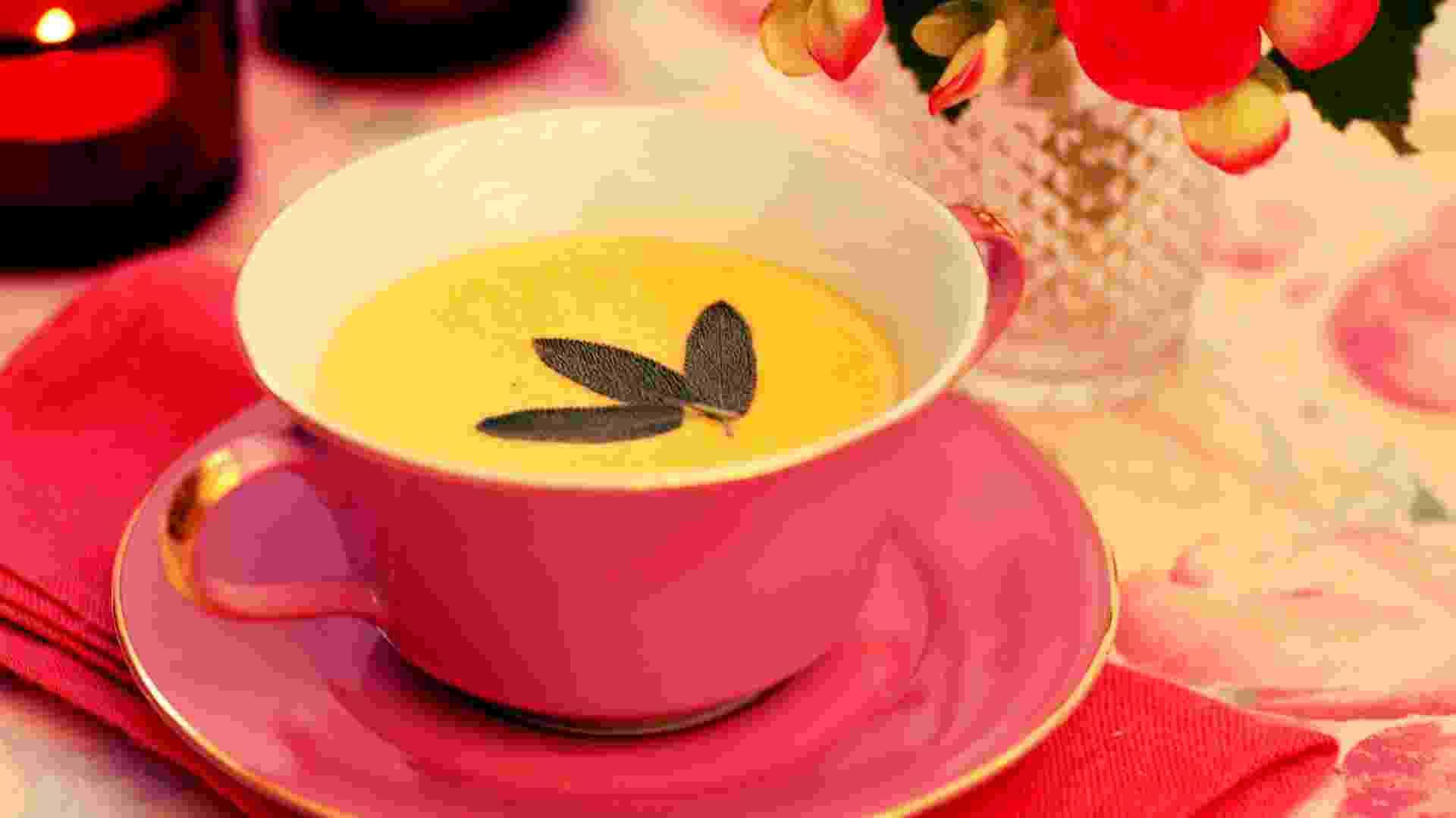 Sopa de abóbora com sálvia; do Arroz de Festa Buffet (www.arrozdefesta.com.br) - Divulgação/Arroz de Festa Buffet