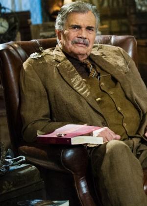 """O último papel de Tarcísio Meira na Globo foi Tibério Vilar em """"Saramandaia"""", em 2013 - Divulgação/TV Globo"""