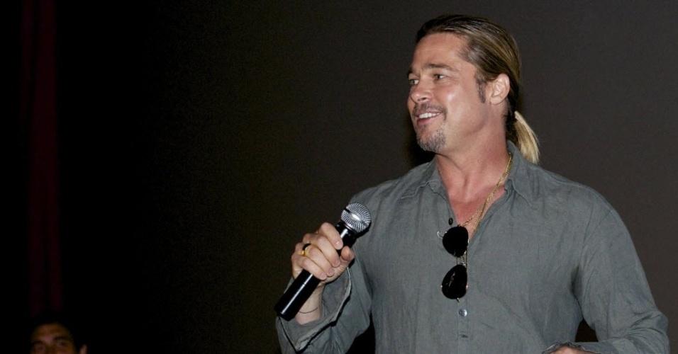21.jun.2013 - Brad Pitt vai a pré-estreia do filme