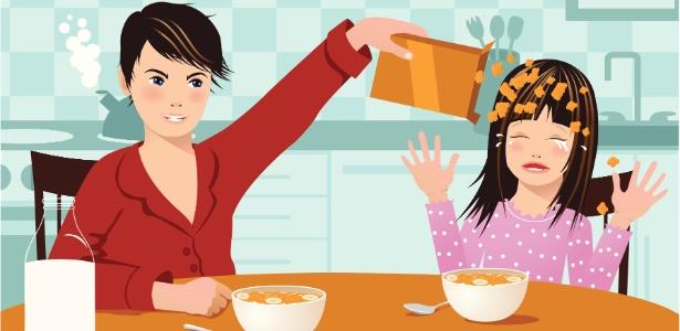 Mês sim, mês não, uma criança conta ter sido forçada a comer um alimento alergênico - Thinkstock