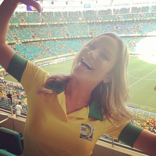 22.jun.2013 - Claudia Leitte publica foto no Arena Fonte Nova, em Salvador