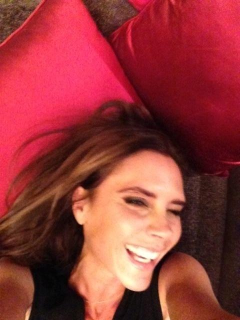 23.jun.2013 - David Beckham publica foto da mulher, Victoria, sorrindo