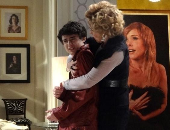 """Em """"Sangue Bom"""", Bárbara Ellen anuncia que filho é gay"""