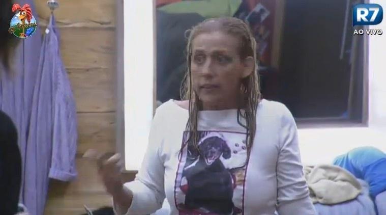 24.jun.2013 - Rita Cadillac e Ivo Meirelles discutem