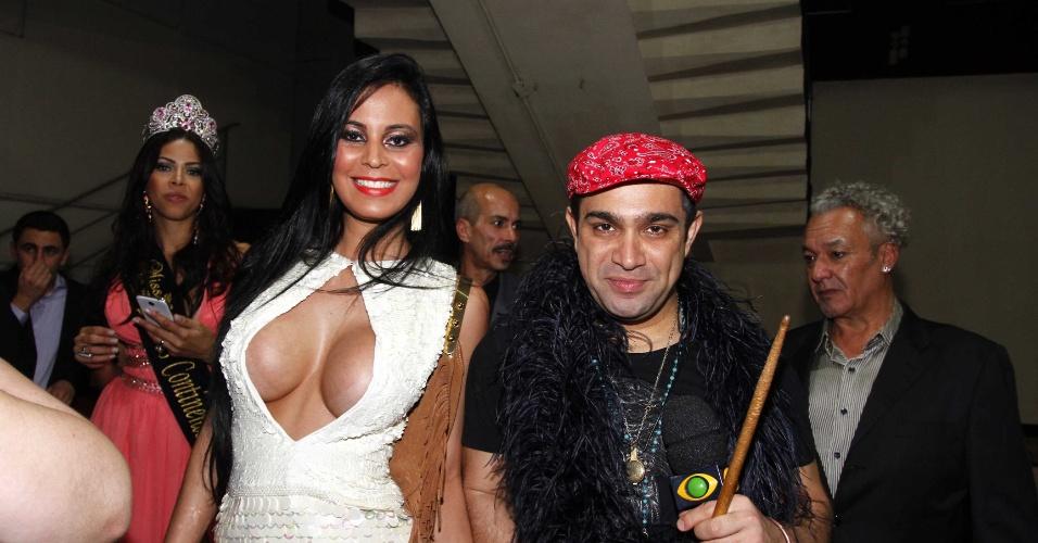 25.jun.2013 - Lorena Bueri e Evandro Santo no concurso Miss Gay 2013, que premia a drag queen mais bela de São Paulo
