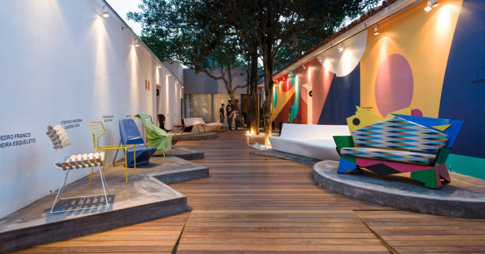 O Jardim do Design, com 106 m², assinado por Alessandro Mendini, reúne peças inéditas no Brasil, apresentadas no Salão do Móvel de Milão 2013. O espaço tem cenografia de Mendini e curadoria de Pedro Franco. A 27ª Casa Cor SP segue até dia 21 de julho de 2013, no Jockey Club de São Paulo