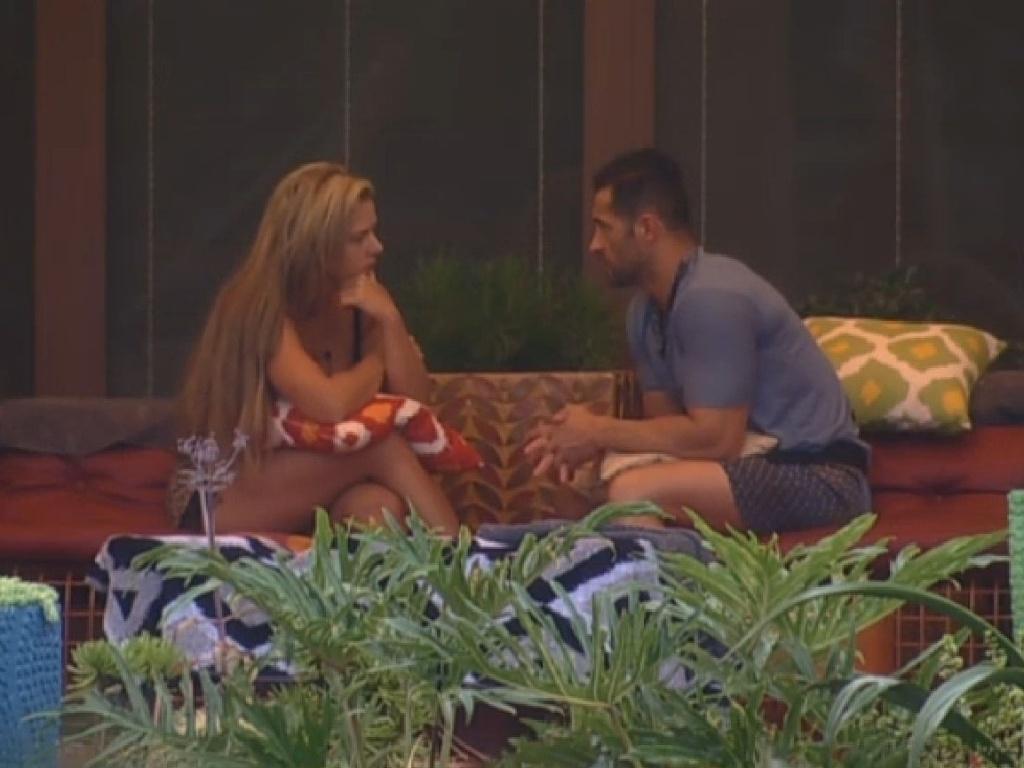 30.jun.2013 - Marcos Oliver aconselha Denise Rocha: