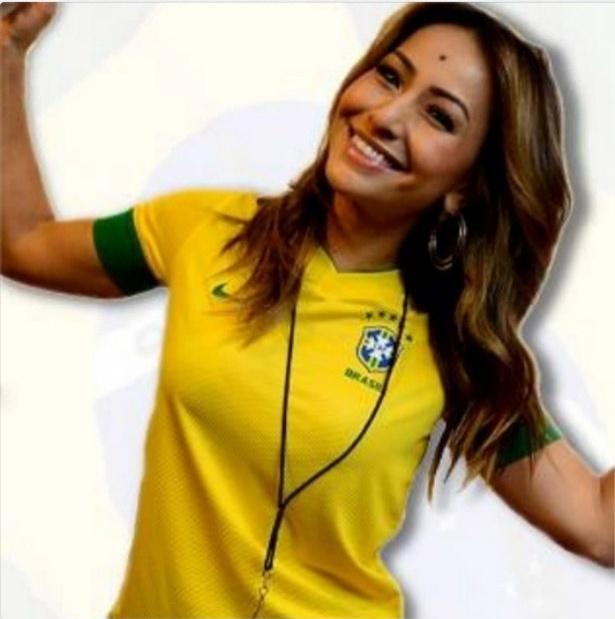 30.jun.2013 - Sabrina Sato torce pelo Brasil na final da Copa das Confederações entre Brasil e Espanha no Maracanã, no Rio de Janeiro