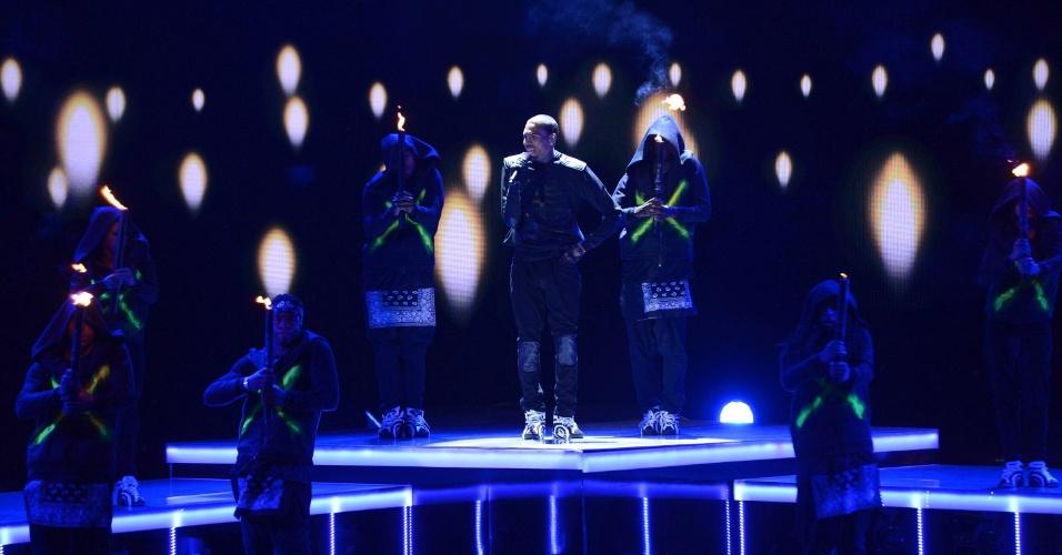 30.jun.2013 - Chris Brown também fez show durante a premiação BET Awards