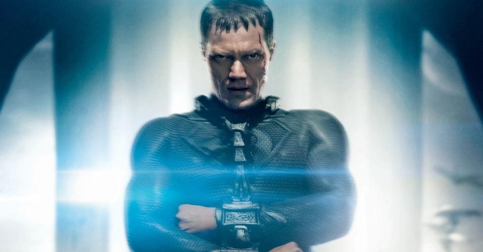 Vilão Zod aparece em cartaz do filme
