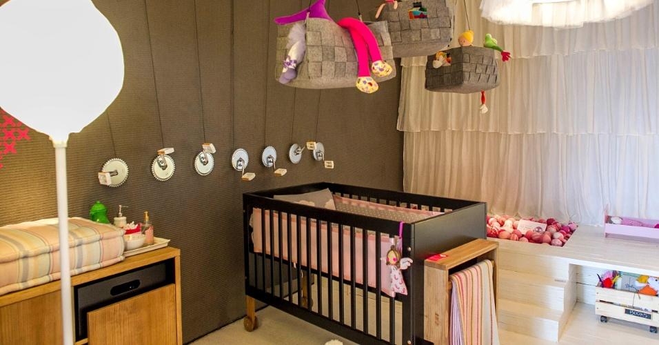 A dupla de arquitetos Mariana Albuquerque e Guilherme Ommundsen, do Decoradornet (www.decoradornet.com.br), optou por tons neutros para criar o