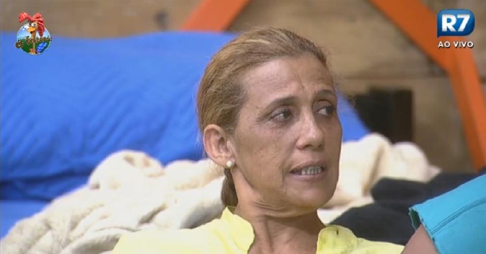 02.jul.2013 - Rita Cadillac ameaça sair do programa após intriga de Lu Schievano