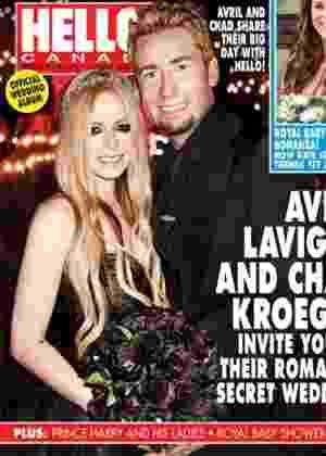 Avril Lavigne usa vestido e buquê pretos em seu casamento com Chad Kroeger, do Nickelback - Divulgação/Hello