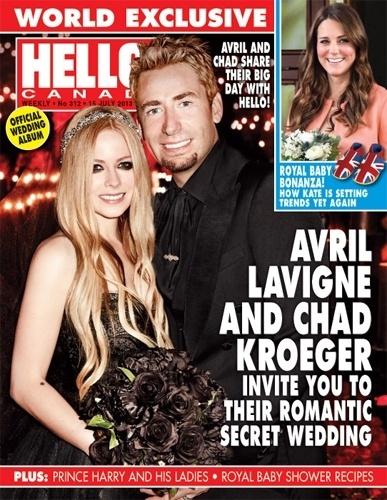 Avril Lavigne usa vestido e buquê preto em seu casamento com Chad Kroeger, vocalista e guitarrista da banda canadense Nickelback