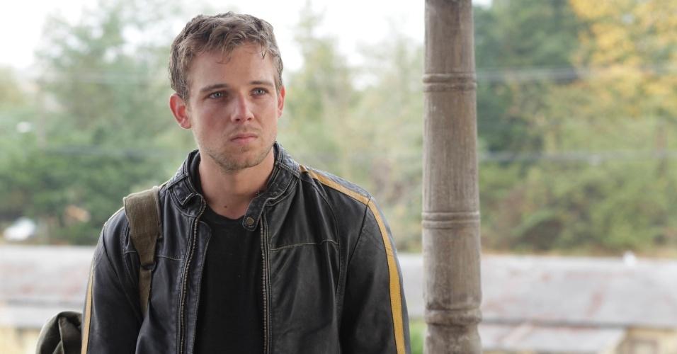 """Dylan (Max Thieriot) é irmão de Norman (Freddie Highmore) em """"Bates Motel"""""""