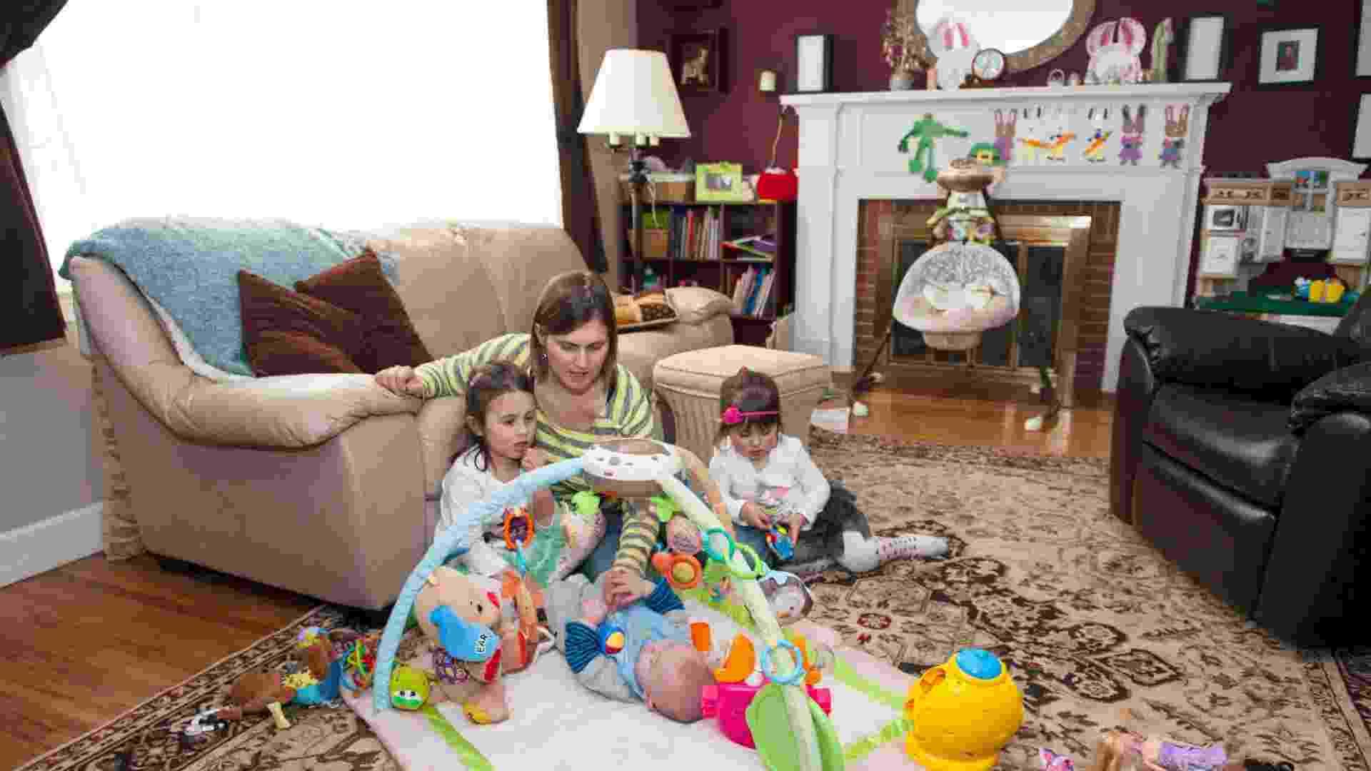 família Girard testes em casa da Fisher-Price - Divulgação Fisher-Price