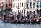 Veneza planeja proibir malas