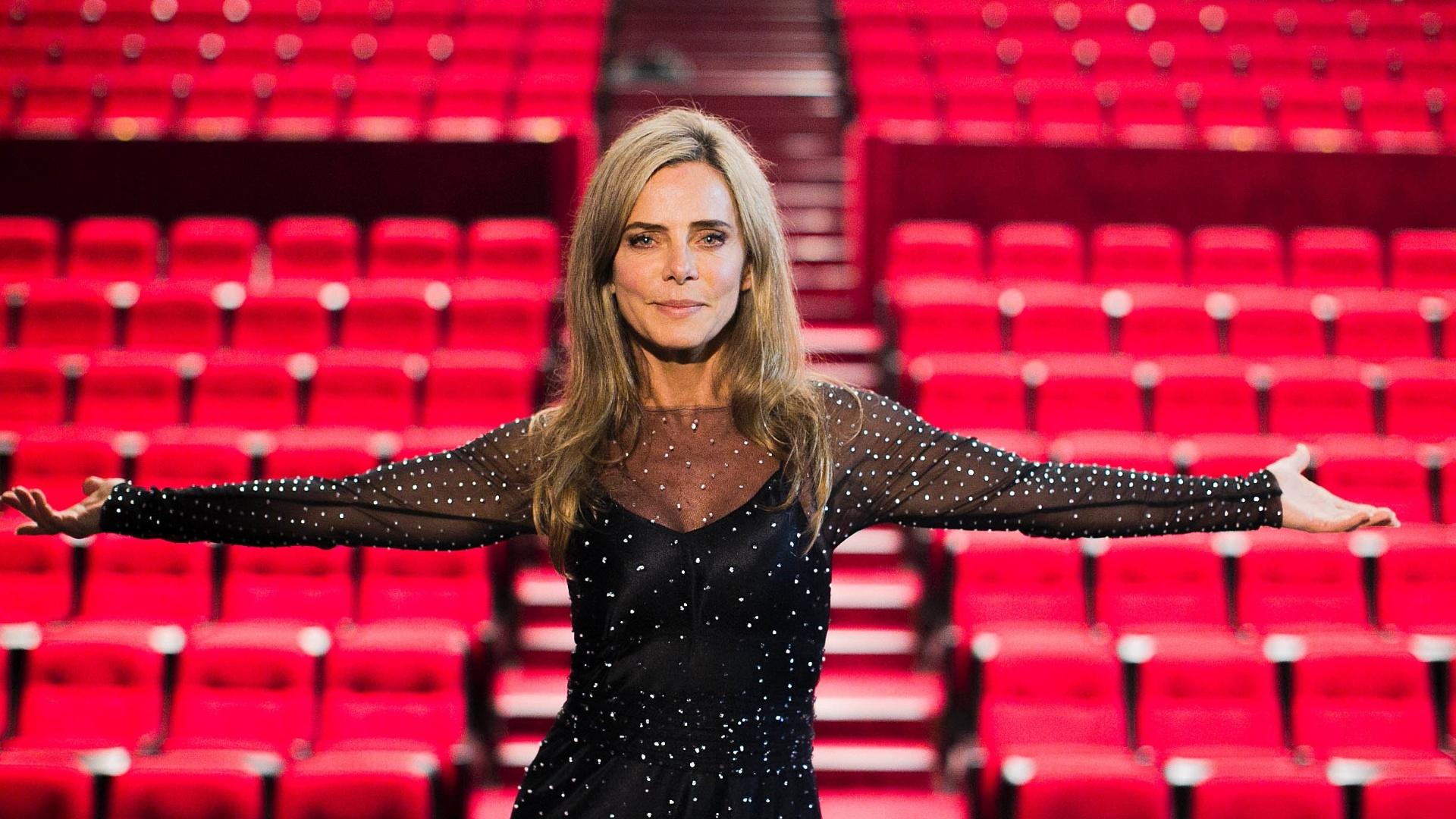 04.jul.2013 - Bruna Lombardi posa para fotos durante gravação do filme