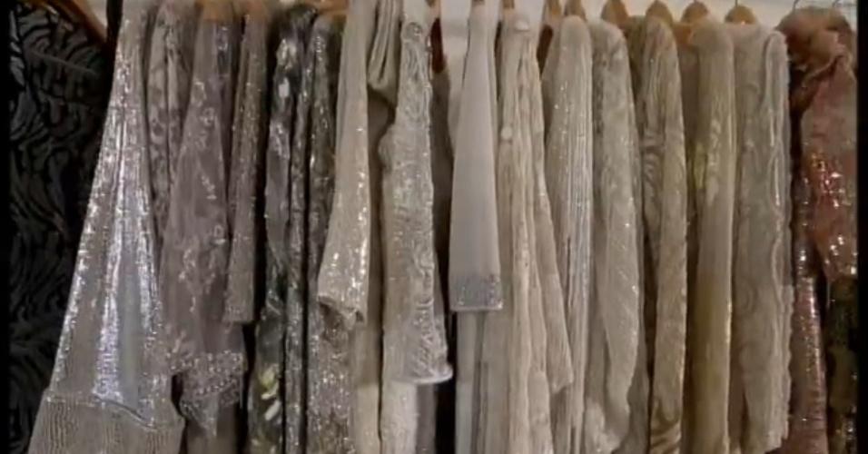 Jul. 2013 - Vestidos de festa que pertenciam à Hebe Camargo serão expostos em homenagem à apresentadora