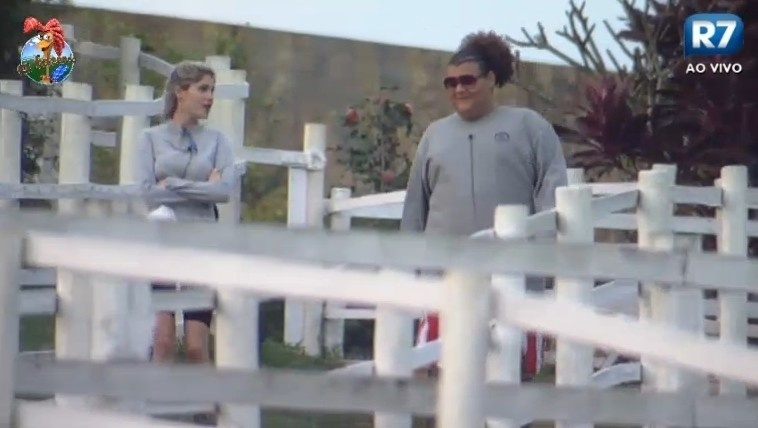 08.jul.2013 - Bárbara diz que Marcos Oliver gosta de arrumar encrenca onde não tem
