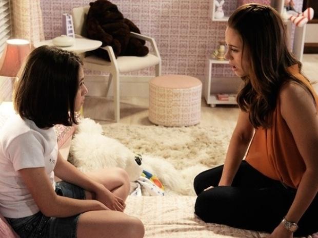 """Em """"Amor à Vida"""", Paulinha descobre que Paloma é sua mãe e rejeita a médica"""