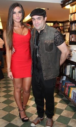 8.jul.2013 - Nicole Bahls e Evandro Santo, do
