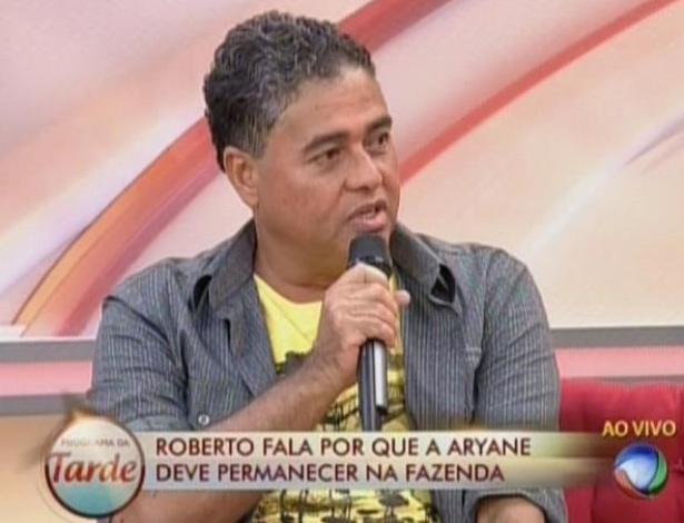 9.jul.2013 - Já o pai da Aryane disse que se assustou com o romance da filha com Beto Malfacini.