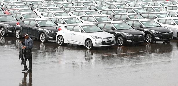 Coluna faz balanço de vendas do 1º semestre por categorias; Hyundai Veloster é o esportivo mais vendido - Sérgio Lima/Folhapress