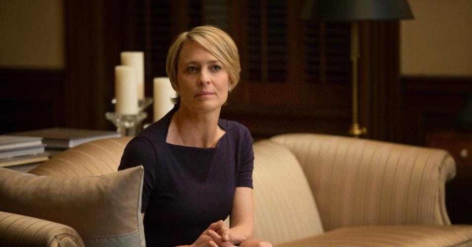 "11.jul.2013 - A atriz Robin Wright interpreta Claire Underwood na série ""House of Cards"", do Netflix"