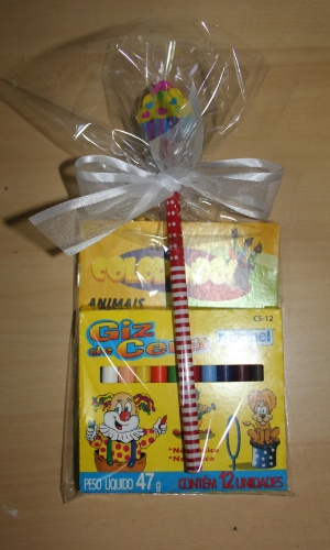Kit desenho para crianças da e-lembranças; por R$ 5,50 (cada)