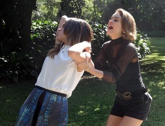 """Em """"Sangue Bom"""", Amora dá surra na filha de Damáris"""