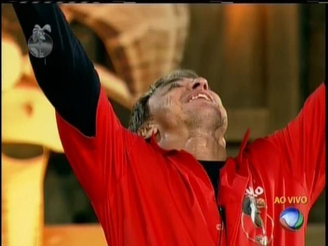 14.jul.2013 - Paulo Nunes vence a prova de Fazendeiro da semana