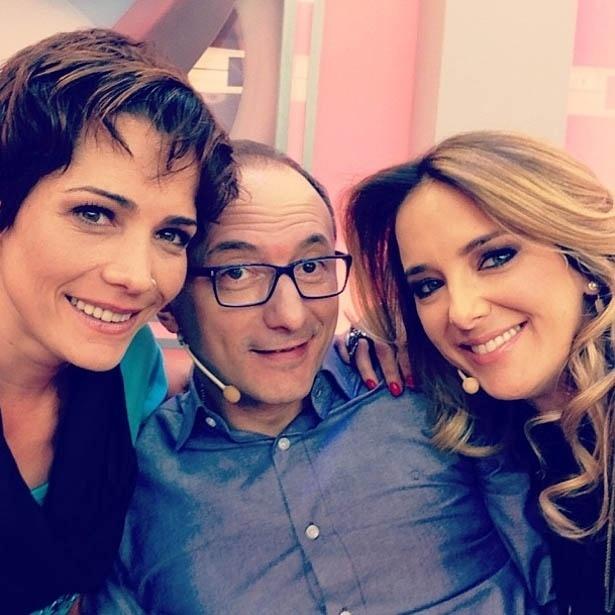 15.jul.2013 - Ticiane Pinheiro posa ao lado de Britto Jr. e Lu Schievano