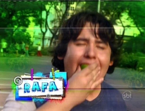 Rafa aproveita para comer