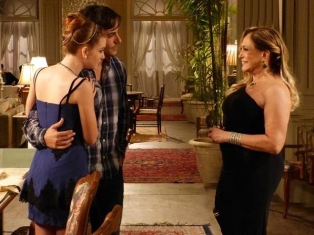 """Em """"Amor à Vida"""", Thales conquista Pilar e consegue benção para casar com Nicole"""
