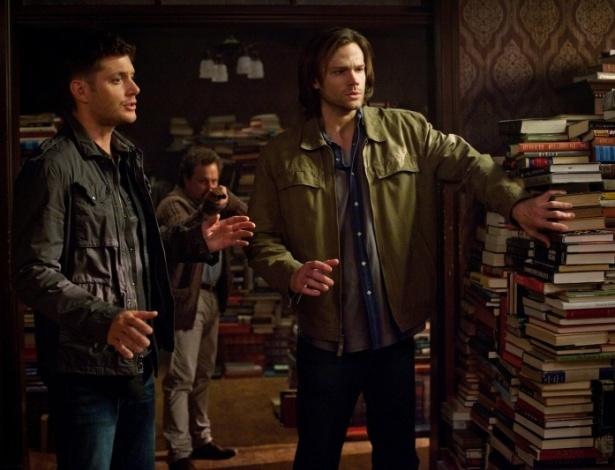 """""""SUPERNATURAL"""" - De novo, é """"Arquivo X"""" mas com uma dupla de irmãos enfrentando demônios - e às vezes anjos - ao invés de uma dupla de investigadores enfrentando alienígenas"""