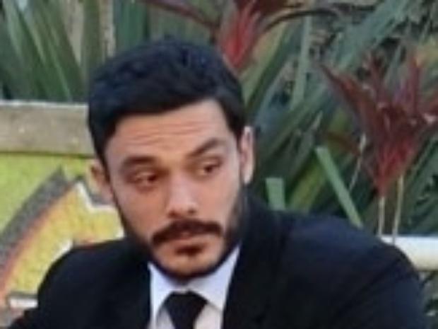 """Em """"Amor à Vida"""",  Maciel descobre paradeiro de Atílio"""