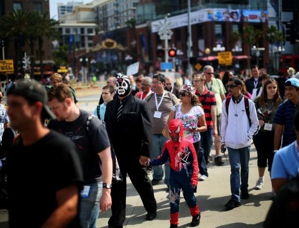 Público durante a edição de 2013 da Comic-Con em San Diego - Sandy Huffaker/AFP