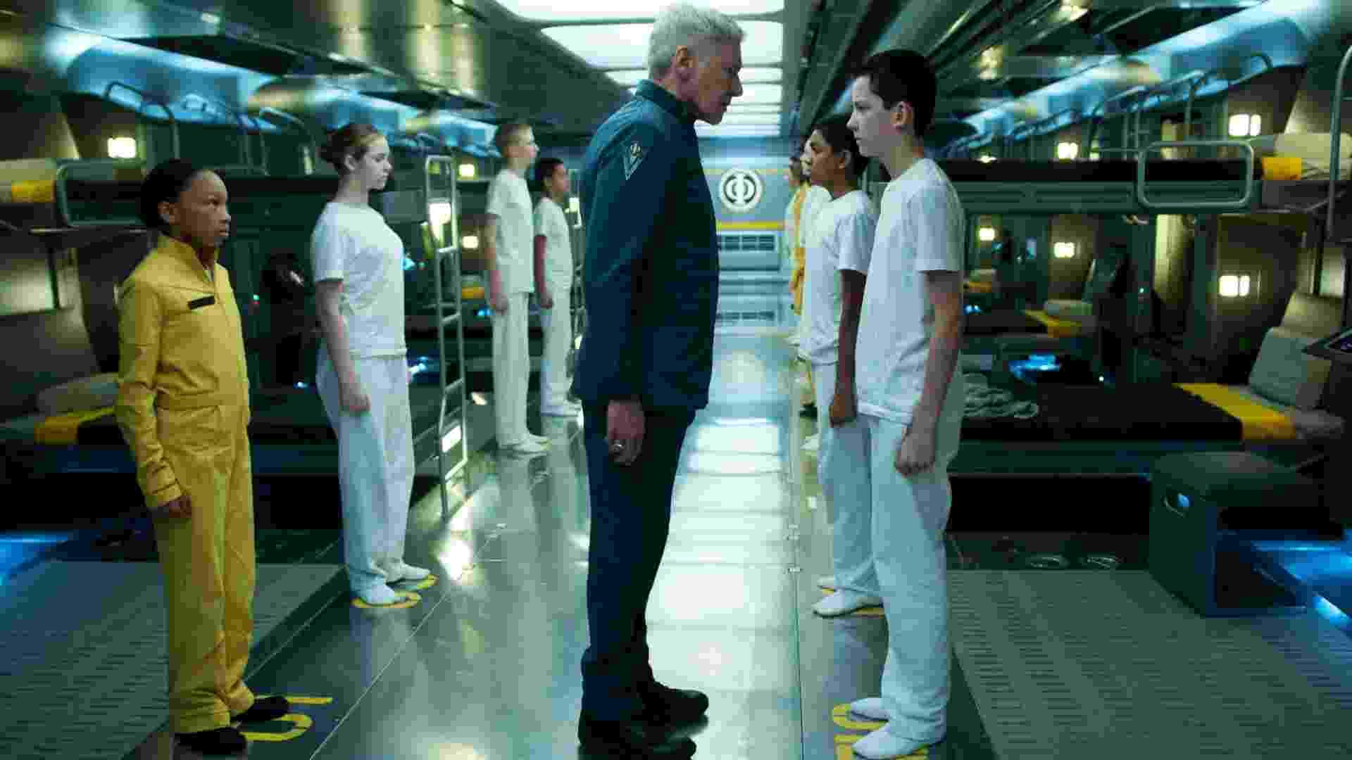"""Harrison Ford e Asa Butterfield na ficção científica futurista """"Ender's Game - O Jogo do Exterminador"""", que teve apresentação na Comic-Con 2013 - Paris/Divulgação"""